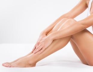 Нежность кожи — легко! Шугаринг различных частей тела в салоне красоты «Коркем» со скидкой до 50%!