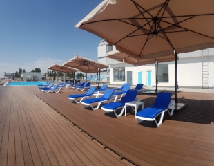 Посещение бассейна с подогревом для взрослых и детей в будние и выходные на территории СТК Sokol со скидкой 50%!