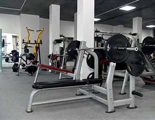 Отличный повод заняться собой! Посещение тренажерного зала Jado Fitness со скидкой 51%!