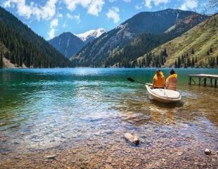 Проведите выходные на восхитительно красивых озерах Кольсай и Каинды! 2-дневный тур от компании Travel Drug со скидкой 30%!