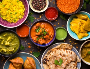 В лучших традициях индийской кухни! Все меню и напитки со скидкой 50% в ресторане Salaam Namaste!
