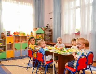 Творческое развитие и пятиразовое питание! 1, 2 и 3 месяца посещение частного детского садика «Байтерек» в Ауэзовском районе со скидкой 50%!