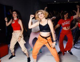 Занятия DanceFit от тренера Екатерины со скидкой до 60%!