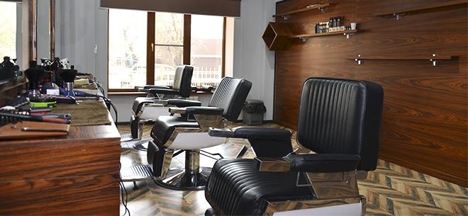 Barbershop Versal, 1
