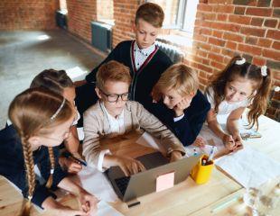 Курсы блоггера и маркетолога для детей и подростков в обучающем центре Mom in office со скидкой 70%!
