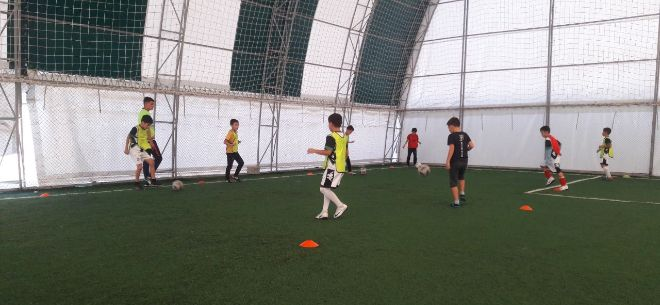 ZhaStar Football Club, 8