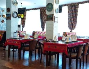 К нам можно со своими напитками! Вас ждут блюда восточной и европейской кухни в ресторане «Кок Чай»! Скидка 50% на меню и бар для компаний до 100 человек!