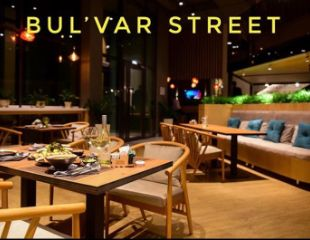 Интернациональная кухня! Все меню и бар в рестобаре «Bulvar Street» со скидкой 50%!