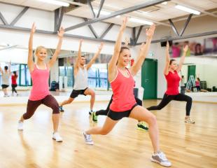 Женский фитнес от Паршиковой! Посещение групповых занятий только для женщин по специально разработанной программе «коррекция фигуры»! Скидка на абонементы до 74%!
