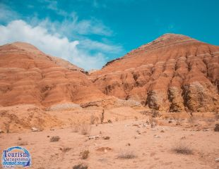 Невероятный марсианский пейзаж! Удивительный Тур в горы Ак Тау, Катты Тау (пикник) от компании «Туризм Казахстана» со скидкой 19%!