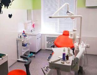Здоровая и белоснежная улыбка! Сертификаты на лечение и чистку зубов, установку брекетов, а также другие услуги от стоматолога Тимура Есенгелди со скидкой до 50%!