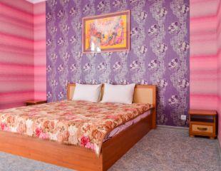 Проживание в номерах «Полулюкс» и «Люкс» с видом на горы в зоне отдыха Weekend Renovacio в Алматы со скидкой до 41%!
