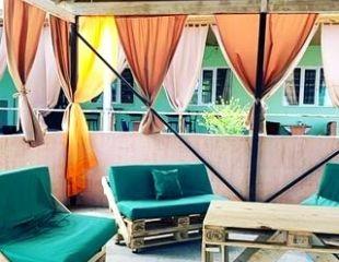 Летний отдых в гостевых домах «Аяла» на лечебном озере Алаколь: проживание + 3-разовое питание со скидкой 27%!