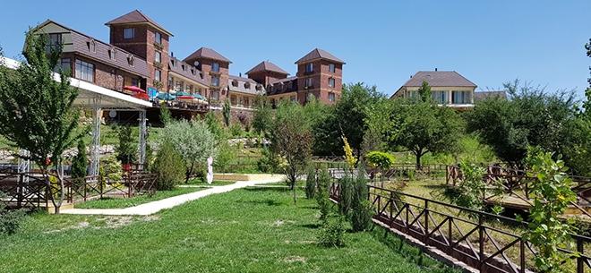 Отель Izumy Tau